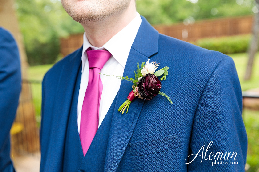 the-lodge-springs-aubrey-denton-north-texas-hill-country-fuschia-sangria-gold-bridesmaid-dresses-navy-groomsmen-suits-wedding-design-guest-list-events-aleman-photos-amanda-barry-038
