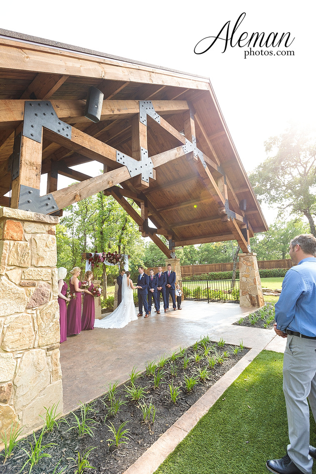 the-lodge-springs-aubrey-denton-north-texas-hill-country-fuschia-sangria-gold-bridesmaid-dresses-navy-groomsmen-suits-wedding-design-guest-list-events-aleman-photos-amanda-barry-045