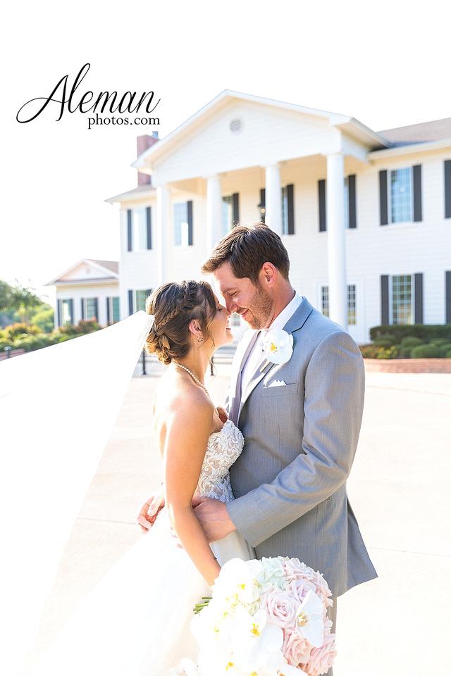 milestone-mansion-krum-denton-aubrey-wedding-aleman-photos-formal-black-tie-gray-suit-orchid-bridal-floral-chelsea-tyler-pink-champagne-colors-003