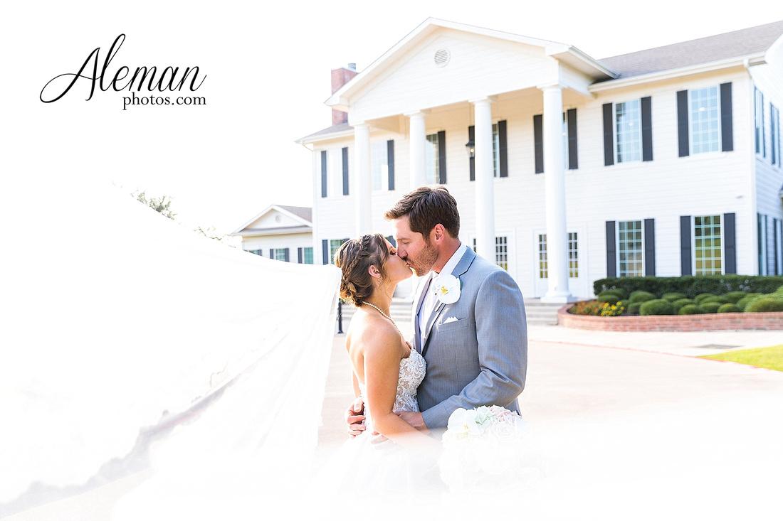 milestone-mansion-krum-denton-aubrey-wedding-aleman-photos-formal-black-tie-gray-suit-orchid-bridal-floral-chelsea-tyler-pink-champagne-colors-001