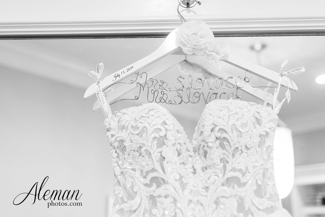 milestone-mansion-krum-denton-aubrey-wedding-aleman-photos-formal-black-tie-gray-suit-orchid-bridal-floral-chelsea-tyler-pink-champagne-colors-013