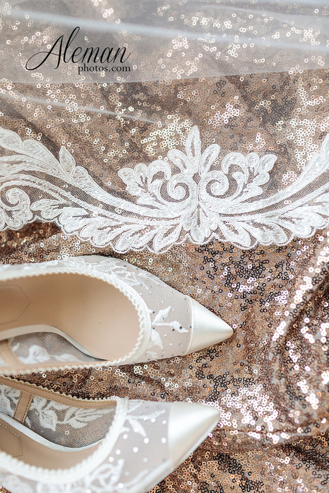 milestone-mansion-krum-denton-aubrey-wedding-aleman-photos-formal-black-tie-gray-suit-orchid-bridal-floral-chelsea-tyler-pink-champagne-colors-014
