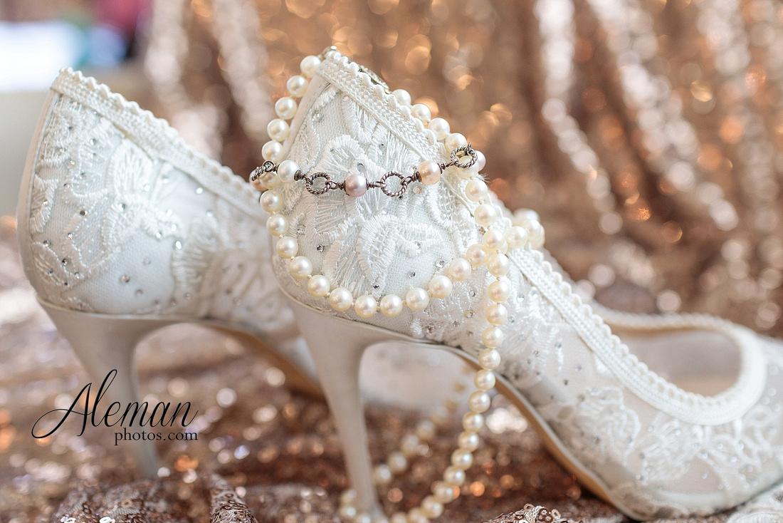 milestone-mansion-krum-denton-aubrey-wedding-aleman-photos-formal-black-tie-gray-suit-orchid-bridal-floral-chelsea-tyler-pink-champagne-colors-019