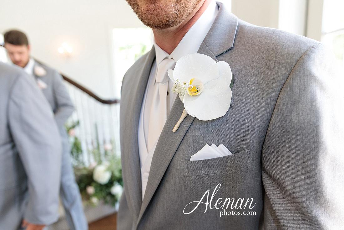 milestone-mansion-krum-denton-aubrey-wedding-aleman-photos-formal-black-tie-gray-suit-orchid-bridal-floral-chelsea-tyler-pink-champagne-colors-047