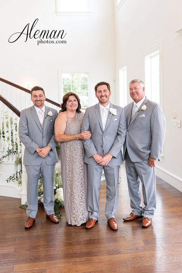 milestone-mansion-krum-denton-aubrey-wedding-aleman-photos-formal-black-tie-gray-suit-orchid-bridal-floral-chelsea-tyler-pink-champagne-colors-049