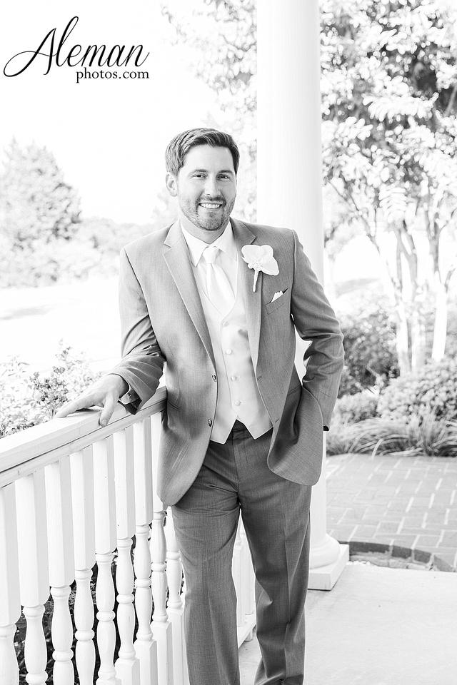 milestone-mansion-krum-denton-aubrey-wedding-aleman-photos-formal-black-tie-gray-suit-orchid-bridal-floral-chelsea-tyler-pink-champagne-colors-051