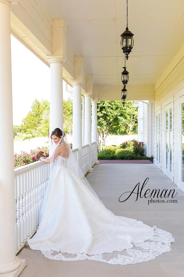 milestone-mansion-krum-denton-aubrey-bridal-session-wedding-aleman-photos-formal-black-tie-gray-suit-orchid-bridal-floral-chelsea-tyler-pink-champagne-colors-001