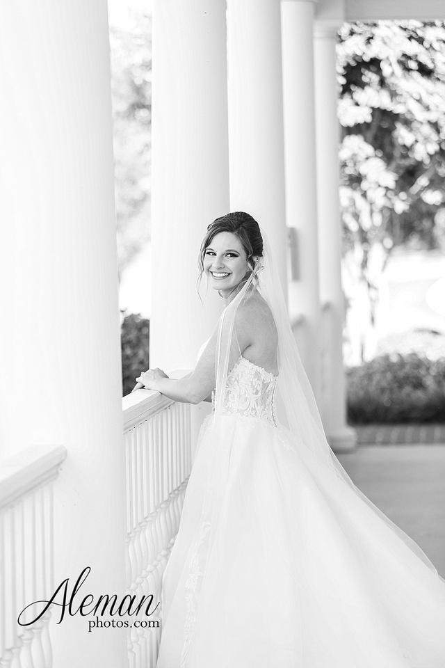 milestone-mansion-krum-denton-aubrey-bridal-session-wedding-aleman-photos-formal-black-tie-gray-suit-orchid-bridal-floral-chelsea-tyler-pink-champagne-colors-005