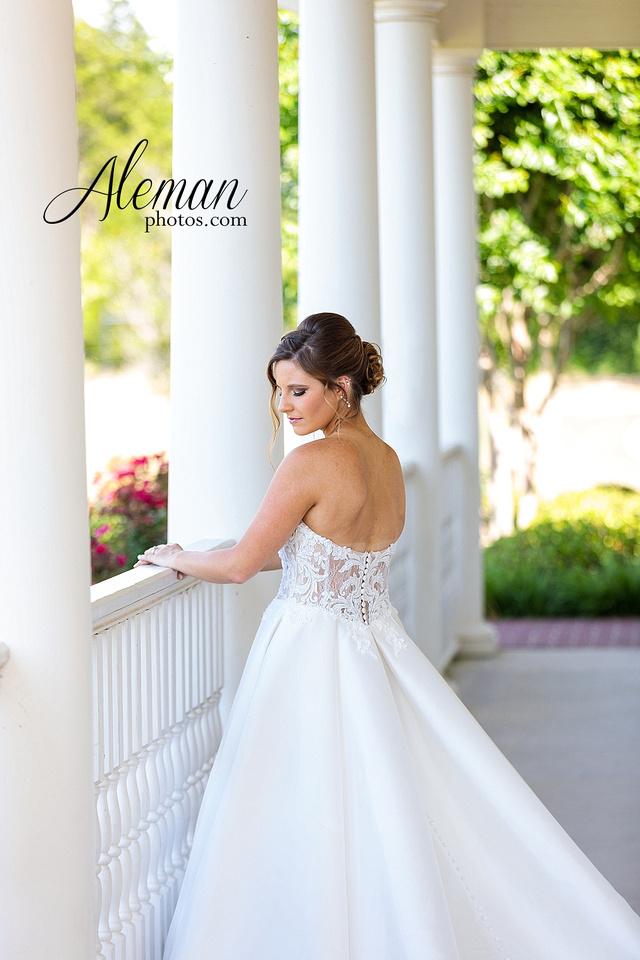 milestone-mansion-krum-denton-aubrey-bridal-session-wedding-aleman-photos-formal-black-tie-gray-suit-orchid-bridal-floral-chelsea-tyler-pink-champagne-colors-002