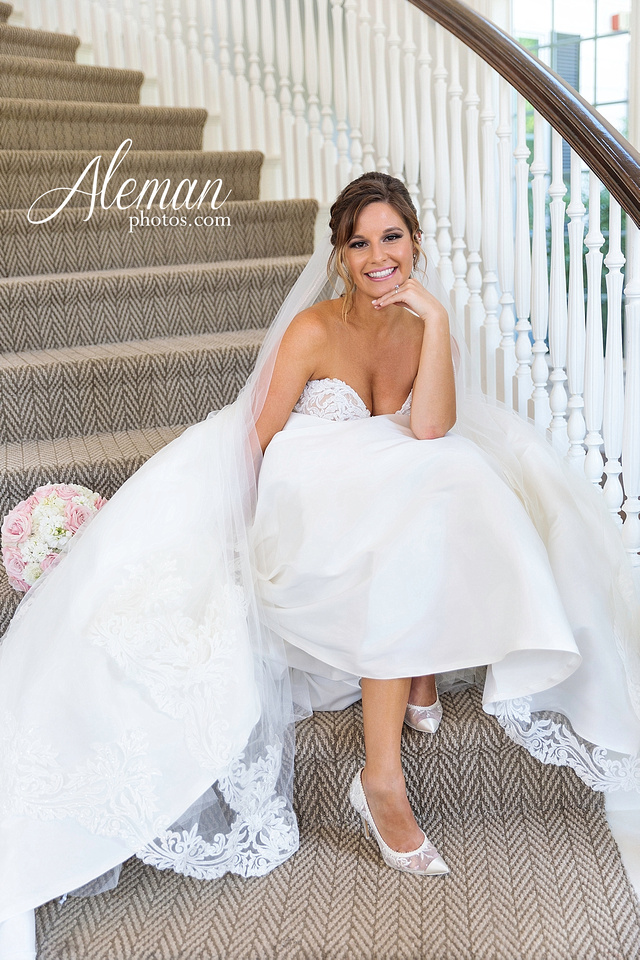 milestone-mansion-krum-denton-aubrey-bridal-session-wedding-aleman-photos-formal-black-tie-gray-suit-orchid-bridal-floral-chelsea-tyler-pink-champagne-colors-010