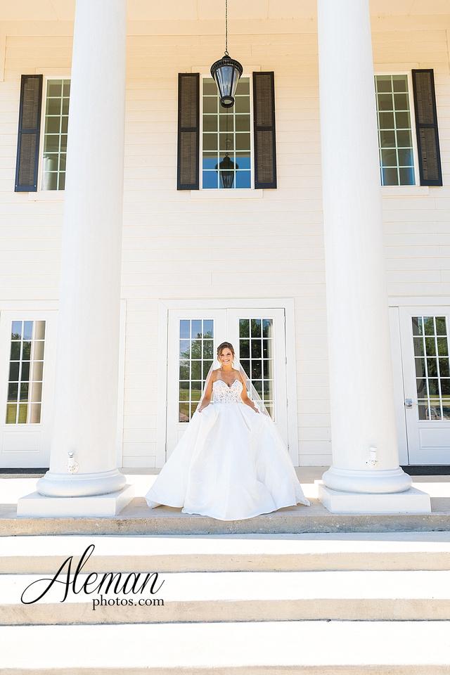 milestone-mansion-krum-denton-aubrey-bridal-session-wedding-aleman-photos-formal-black-tie-gray-suit-orchid-bridal-floral-chelsea-tyler-pink-champagne-colors-013