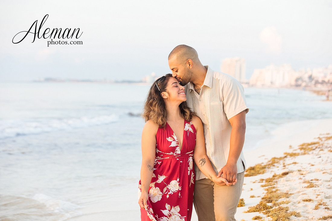 cancun-beach-engagement-family-session-photographer-destination-wedding-summer-sunrise-sunset-ocean-aleman-photos-dallas-004
