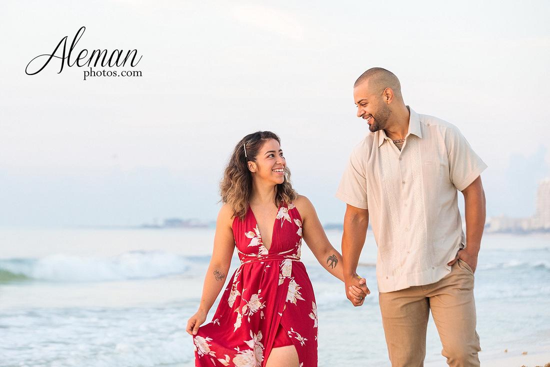 cancun-beach-engagement-family-session-photographer-destination-wedding-summer-sunrise-sunset-ocean-aleman-photos-dallas-006