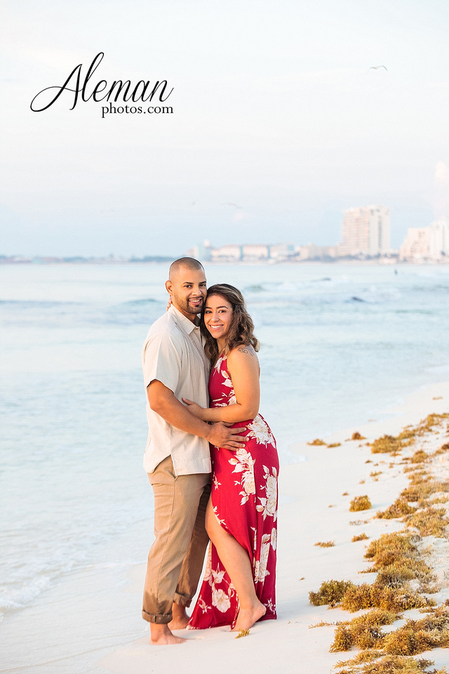 cancun-beach-engagement-family-session-photographer-destination-wedding-summer-sunrise-sunset-ocean-aleman-photos-dallas-007