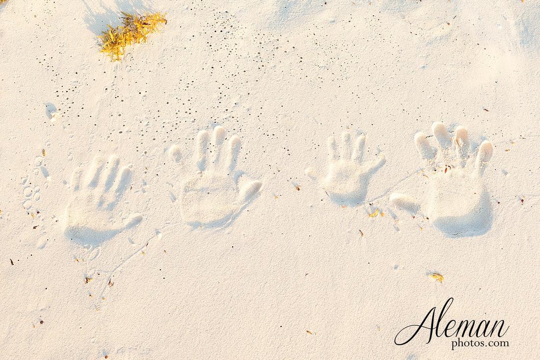 cancun-beach-engagement-family-session-photographer-destination-wedding-summer-sunrise-sunset-ocean-aleman-photos-dallas-022