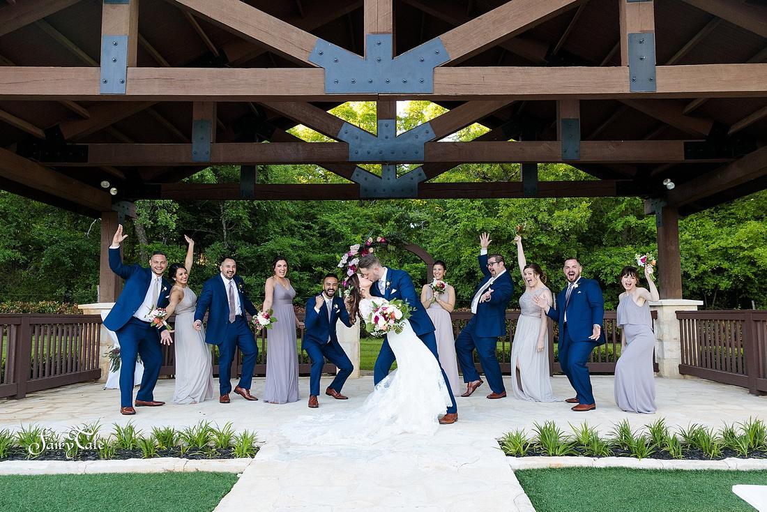 the-springs-aubrey-denton-wedding-outdoor-texas-aleman-photos-035
