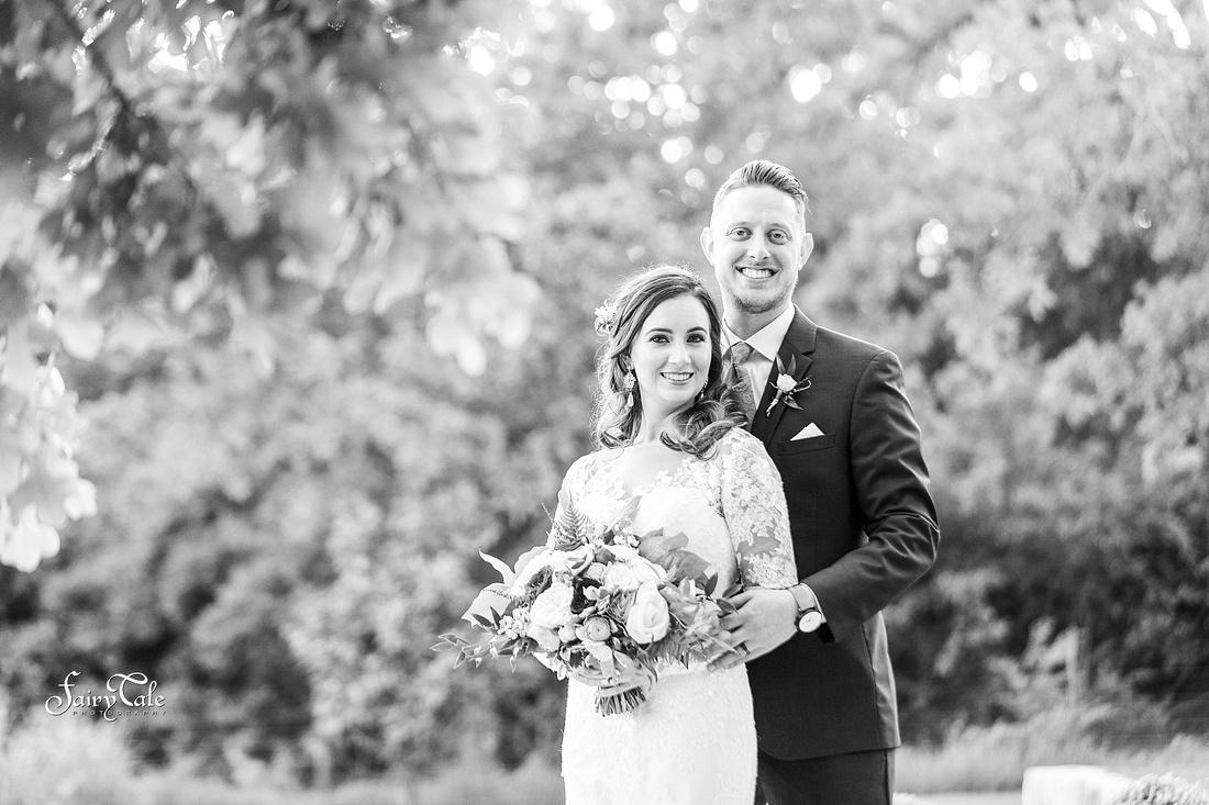 the-springs-aubrey-denton-wedding-outdoor-texas-aleman-photos-040