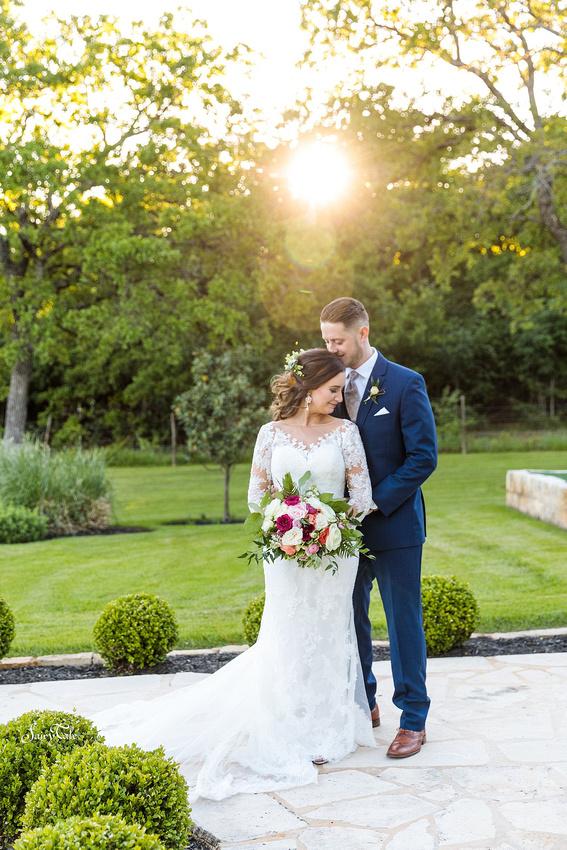the-springs-aubrey-denton-wedding-outdoor-texas-aleman-photos-041