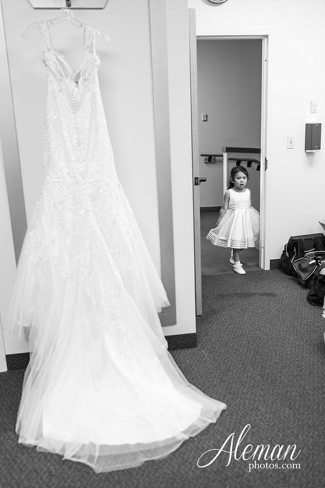 st-joseph-catholic-church-arlington-wedding-dallas-westin-downtown-urban-city-cityscape-el-fenix-pink-bridesmaid-dresses-gray-suit-navy-suit-fake-flowers-aleman-photos-mercedes-ian-016
