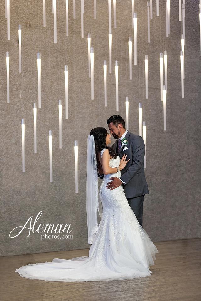 st-joseph-catholic-church-arlington-wedding-dallas-westin-downtown-urban-city-cityscape-el-fenix-pink-bridesmaid-dresses-gray-suit-navy-suit-fake-flowers-aleman-photos-mercedes-ian-042