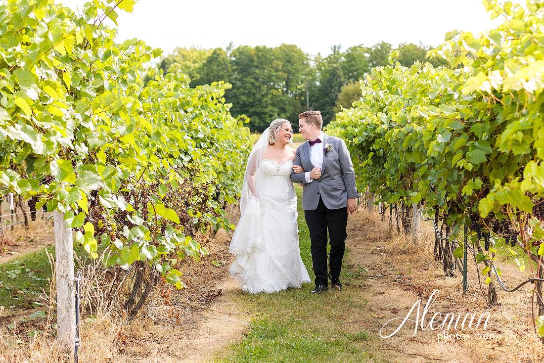 destination-wedding-michigan-bark-river-dallas-fort-worth-vineyard-outdoor-ceremony-lake-pond-sunset-sunrise-winery-grapevine-napa-purple-lesbian-amanda-katy-aleman-photos-026