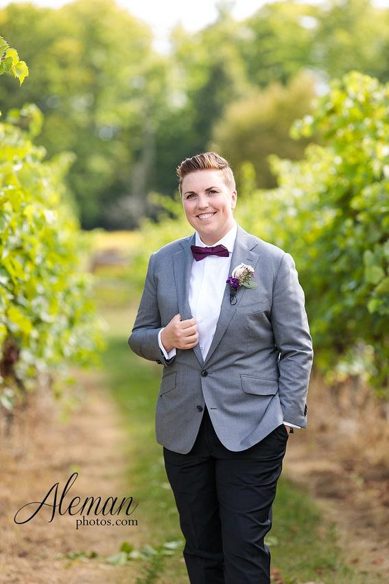 destination-wedding-michigan-bark-river-dallas-fort-worth-vineyard-outdoor-ceremony-lake-pond-sunset-sunrise-winery-grapevine-napa-purple-lesbian-amanda-katy-aleman-photos-028
