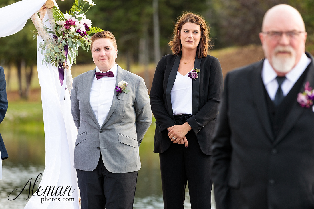 destination-wedding-michigan-bark-river-dallas-fort-worth-vineyard-outdoor-ceremony-lake-pond-sunset-sunrise-winery-grapevine-napa-purple-lesbian-amanda-katy-aleman-photos-039