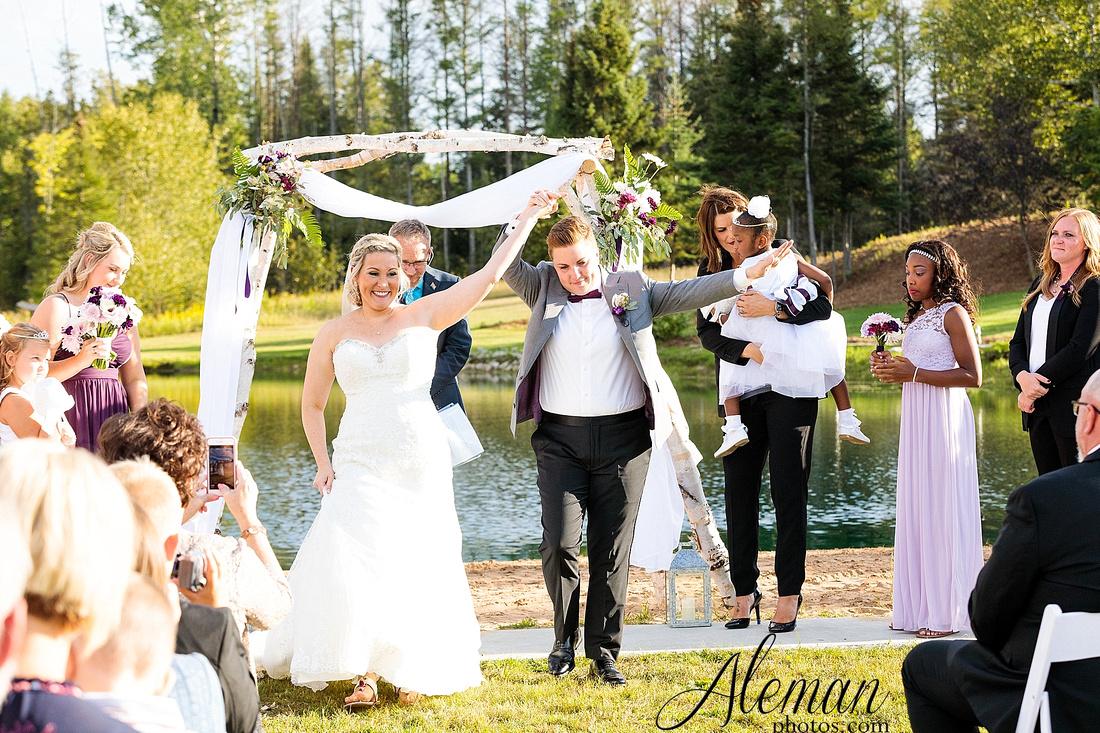 destination-wedding-michigan-bark-river-dallas-fort-worth-vineyard-outdoor-ceremony-lake-pond-sunset-sunrise-winery-grapevine-napa-purple-lesbian-amanda-katy-aleman-photos-049