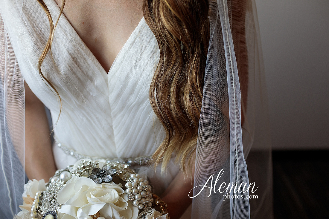 outdoor-field-bohemian-vera-wang-dress-rustic-wedding-grace-church-ovilla-wine-dark-red-bridesmaid-dresses-navy-suits-groom-tall-grass-aleman-photos-kaitlin-jason-024
