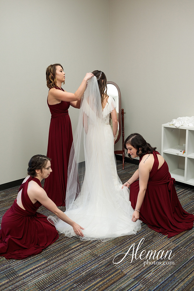 outdoor-field-bohemian-vera-wang-dress-rustic-wedding-grace-church-ovilla-wine-dark-red-bridesmaid-dresses-navy-suits-groom-tall-grass-aleman-photos-kaitlin-jason-029
