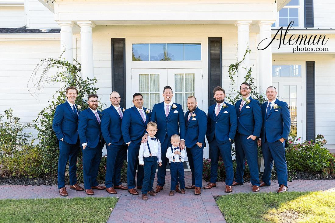 the-pearl-at-sabine-creek-royse-city-rockwall-wedding-outdoor-southern-mansion-texas-navy-groom-family-aleman-photos-015