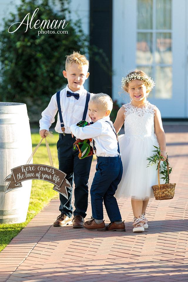 the-pearl-at-sabine-creek-royse-city-rockwall-wedding-outdoor-southern-mansion-texas-navy-groom-family-aleman-photos-017