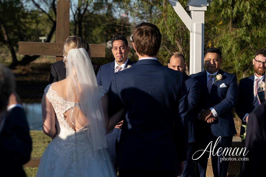 the-pearl-at-sabine-creek-royse-city-rockwall-wedding-outdoor-southern-mansion-texas-navy-groom-family-aleman-photos-018