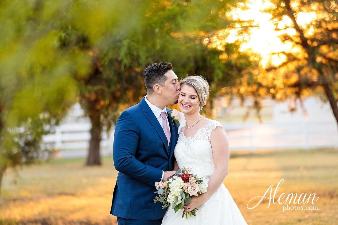 the-pearl-at-sabine-creek-royse-city-rockwall-wedding-outdoor-southern-mansion-texas-navy-groom-family-aleman-photos-027