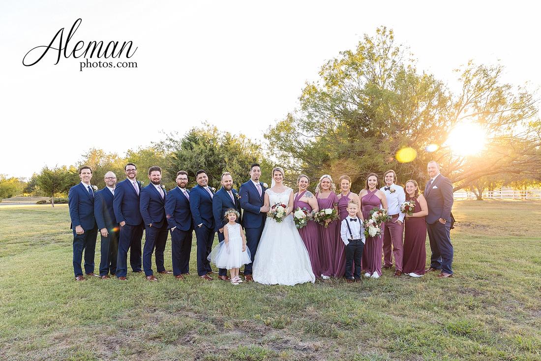 the-pearl-at-sabine-creek-royse-city-rockwall-wedding-outdoor-southern-mansion-texas-navy-groom-family-aleman-photos-031