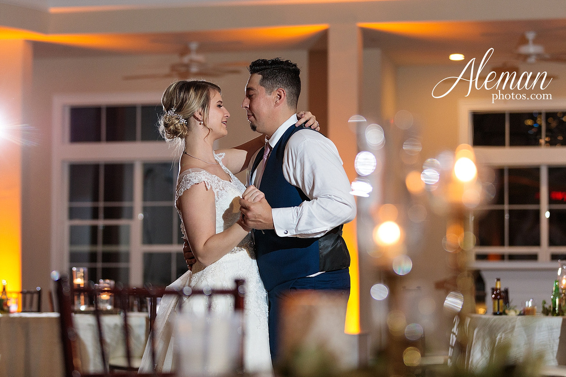 the-pearl-at-sabine-creek-royse-city-rockwall-wedding-outdoor-southern-mansion-texas-navy-groom-family-aleman-photos-048