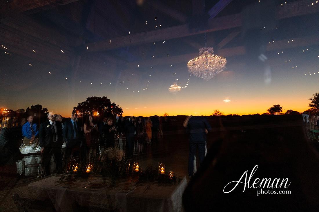 morgan-creek-barn-wedding-aubrey-denton-dallas-fort-worth-aleman-photos-white-barn-southern-texan-navy-suit-family-jennifer-alan-040
