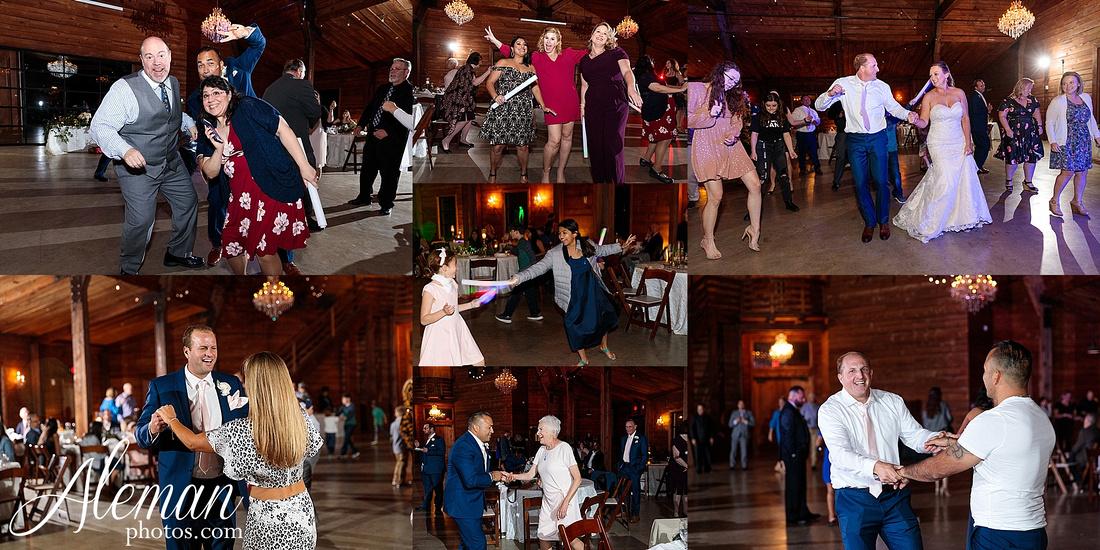 morgan-creek-barn-wedding-aubrey-denton-dallas-fort-worth-aleman-photos-white-barn-southern-texan-navy-suit-family-jennifer-alan-051