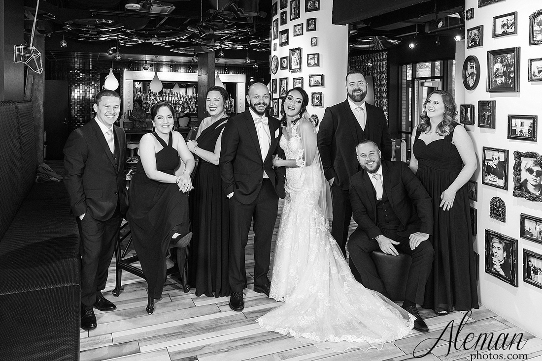 four-corners-brewery-downtown-dallas-uptown-modern-wedding-contemporary-music-records-theme-dogs-aleman-photos-dfw-mayra-justin-025