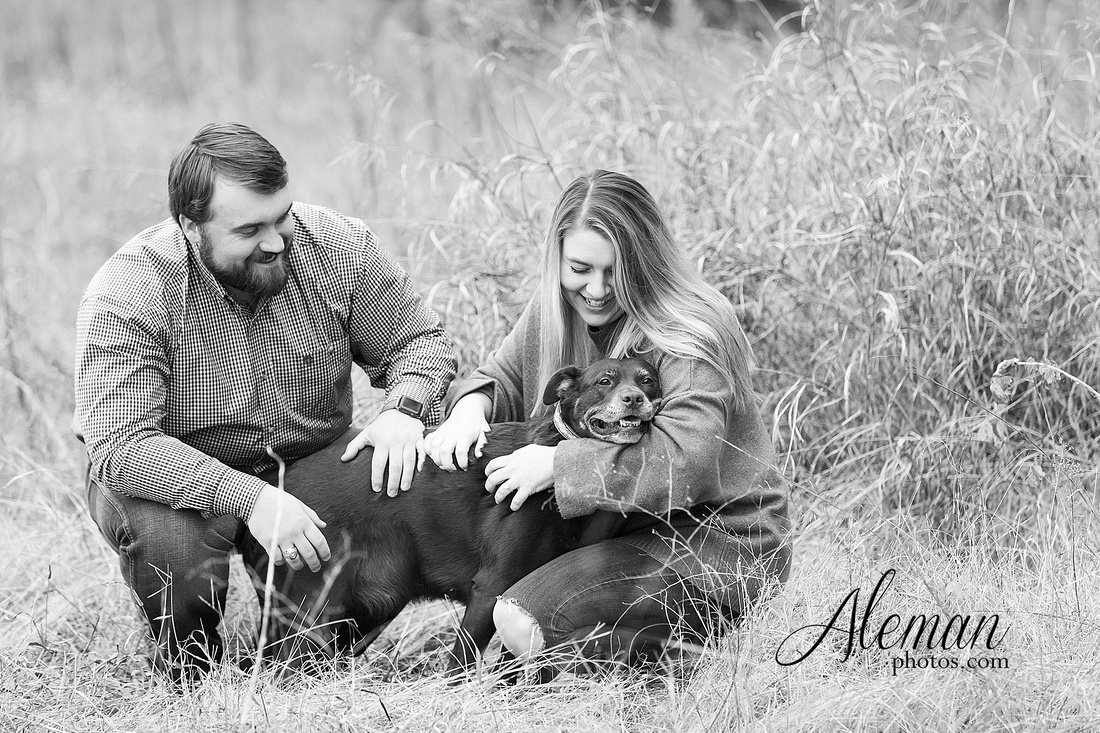 country-mckinney-field-fall-engagement-session-land-tall-dry-grass-winter-aleman-photos-madison-ross-002