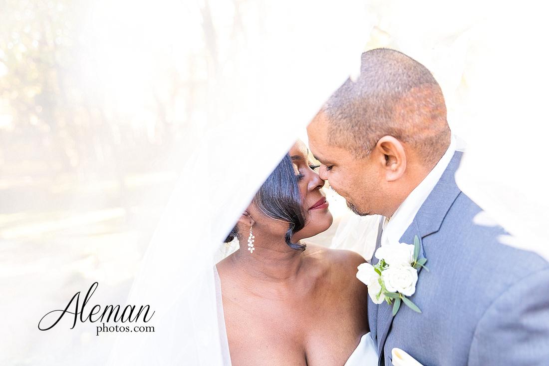 aristide-mansfield-wedding-family-outdoor-ceremony-emerald-bridesmaid-dresses-gray-suit-fall-winter-aleman-photos-041