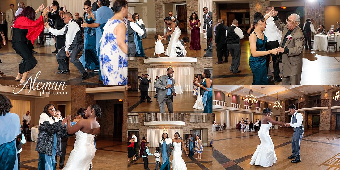 aristide-mansfield-wedding-family-outdoor-ceremony-emerald-bridesmaid-dresses-gray-suit-fall-winter-aleman-photos-051