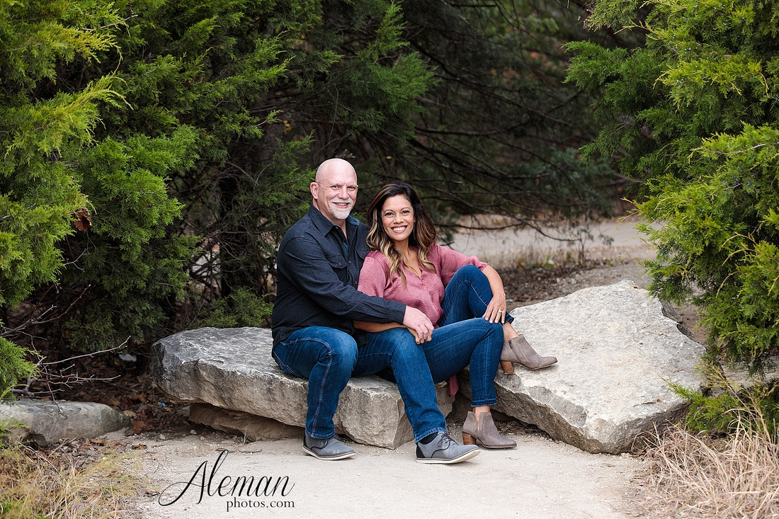dallas-family-photographer-arbor-hills-ft-worth-plano-frisco-christmas-card-photos-session-aleman-photos-cyndi-004