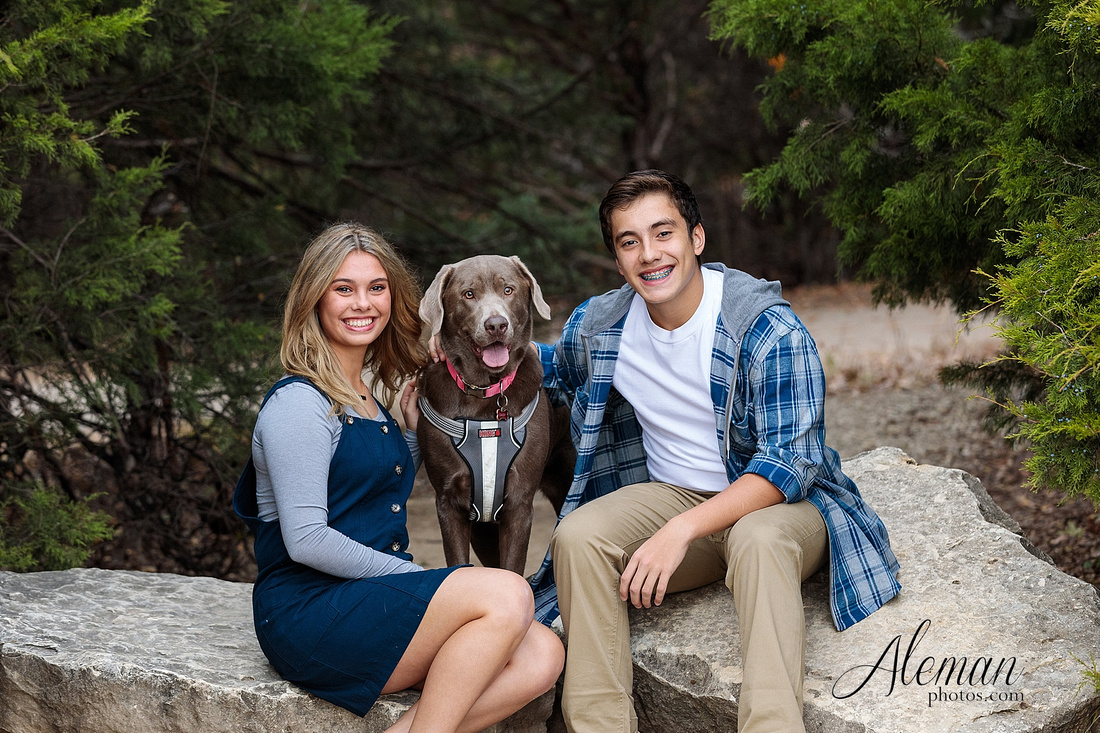 dallas-family-photographer-arbor-hills-ft-worth-plano-frisco-christmas-card-photos-session-aleman-photos-cyndi-003