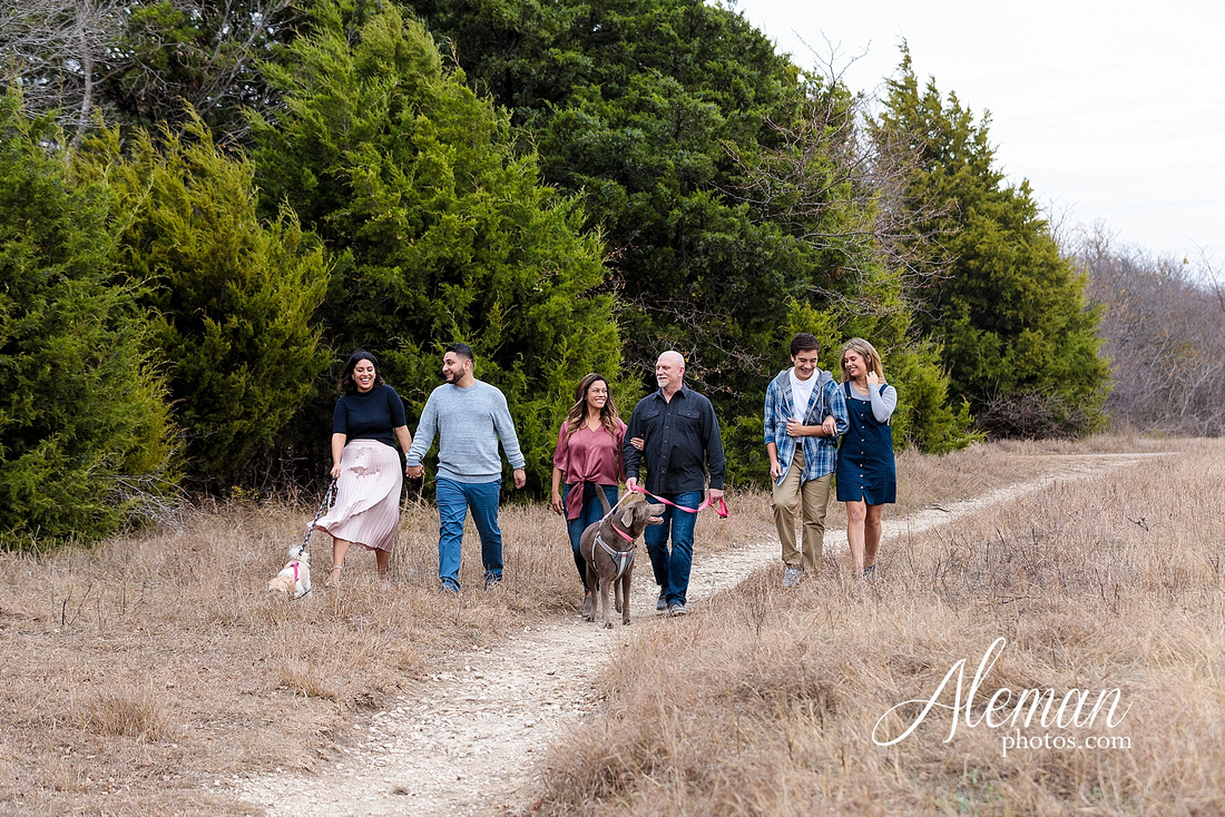 dallas-family-photographer-arbor-hills-ft-worth-plano-frisco-christmas-card-photos-session-aleman-photos-cyndi-008