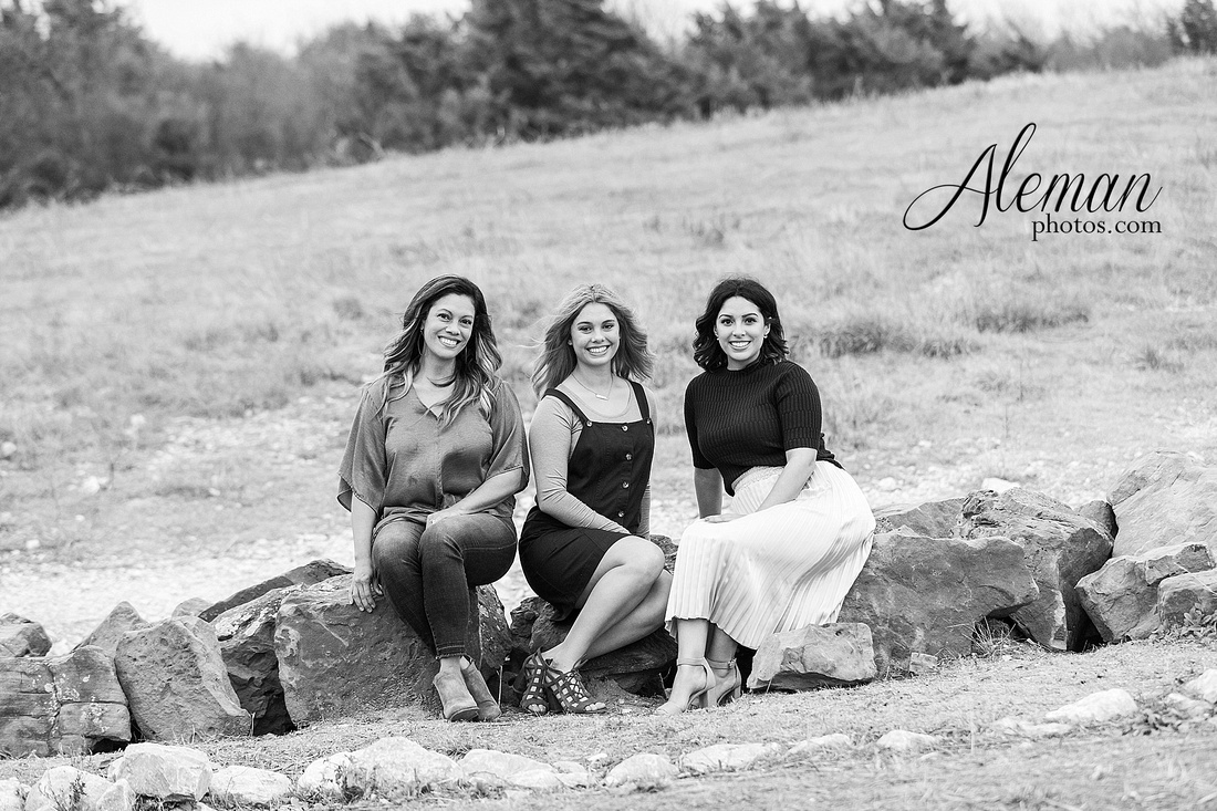 dallas-family-photographer-arbor-hills-ft-worth-plano-frisco-christmas-card-photos-session-aleman-photos-cyndi-017