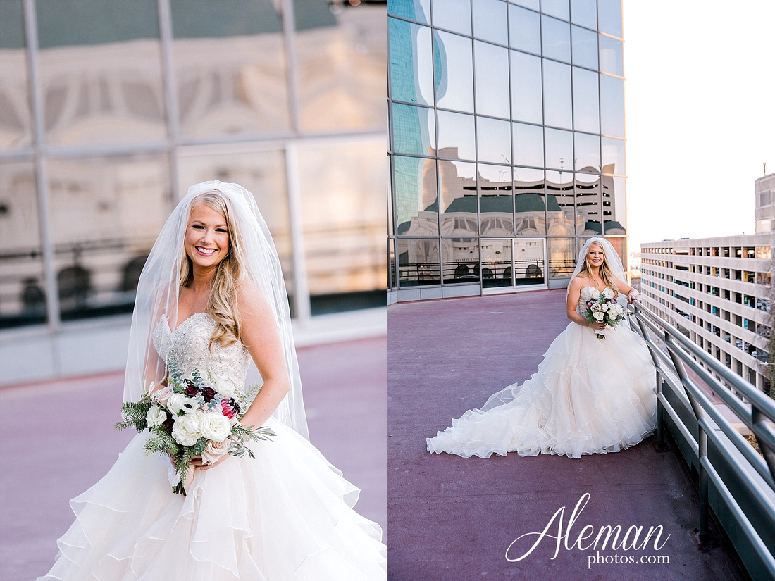 city-club-fort-worth-wedding-downtown-winter-fall-christmas-red-emerald-green-bridesmaid-dresses-aleman-photos-023