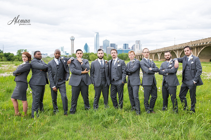 engagement-dallas-downtown-wedding-skyline-wedding-photographer-aleman-photos-dallas-miranda-alex006