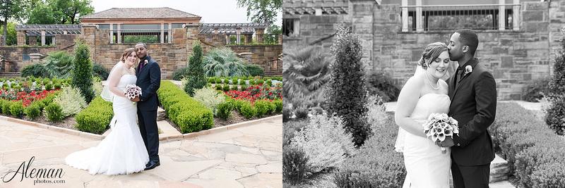 ft-worth-botanical-gardens-wedding-rose-garden-shleter-house-oak-room-photos-photography-dallas-engagement030