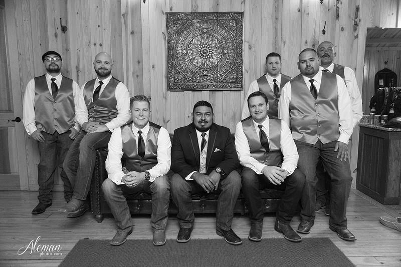 the-springs-mckinney-wedding-anna-texas-country-outdoor-dallas-photographer-aleman-photos-cowboys-softball-blue-jeans-boots010